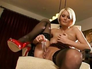 bitchy sweetheart hannah hilton toys her muff