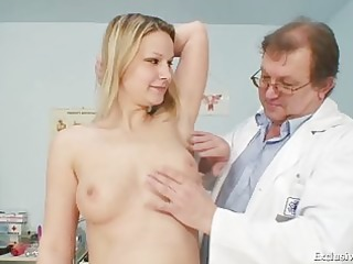 zaneta has her fur pie gyno speculum examined by