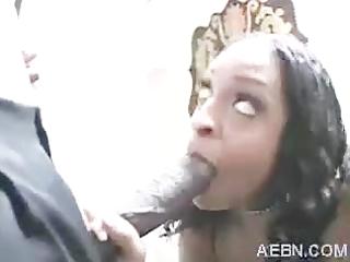 Black Teen sucks n fucks a big one