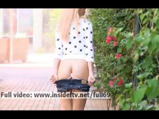 jayde _ dilettante golden-haired flashing her