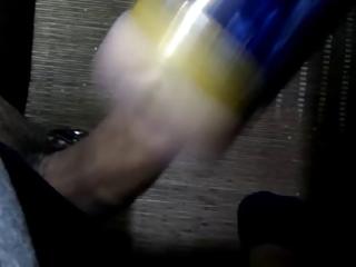 branle avec fleshlight (cumshot)