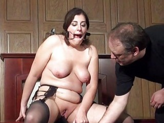 Bizarre domination of machine fucked amateur