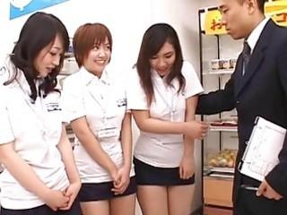 japanese av model in a urinate movie
