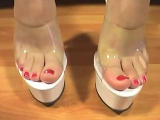 feet 19 (hawt feet )