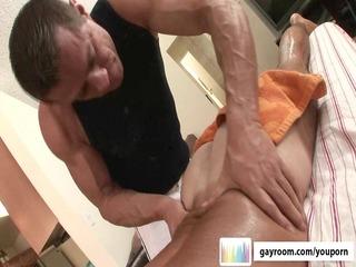 mature massage turns kinky.p11