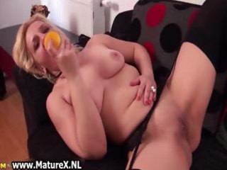 older lustful woman receives her wet crack