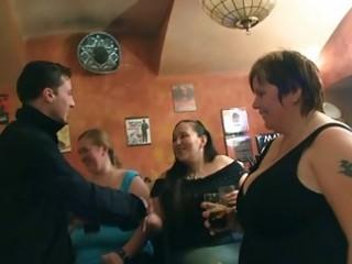 fatties have joy in the pub