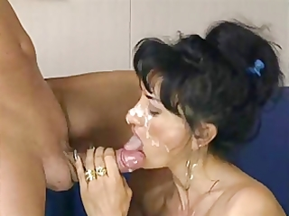 italian mother i receives a great facial
