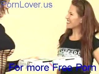 lesbo fuck the delivery pizza gal