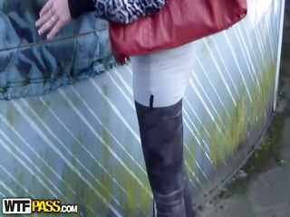 paramours film sex outdoors and in shower