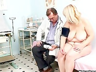 chunky blond housewife getting lustful being