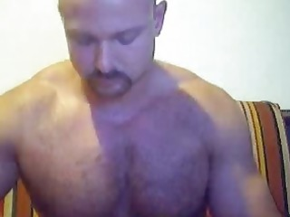gym rat shows off in front of his cam