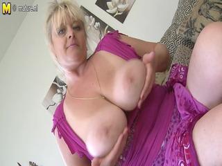 bug breasted mature slut mom getting juicy
