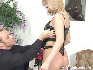 great blond mother i sucks hard knob