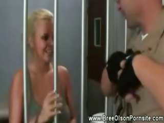 bree olson lures her prison guard into her cell