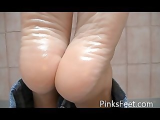hot oiled feet pose soles arches toe point