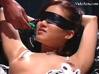 Blindfolded Girl In Bondage Squirting While