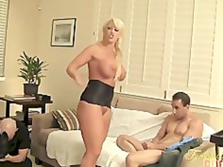 amazon alura takes out her frustration