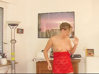 red clothed hot hotty pt.2/9