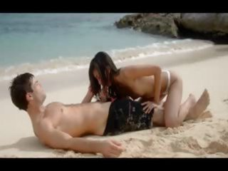 unbelievably sexy paramours sex on the beach