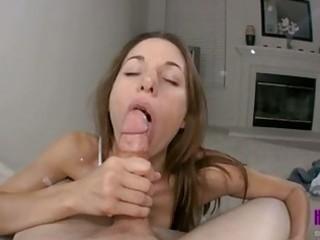 haley wilde rubs a biggest knob beetween her