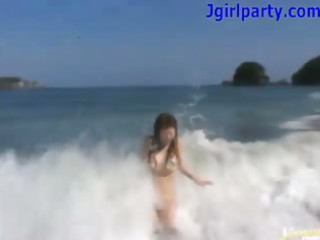 japan playgirl takes cum outdoors on the beach
