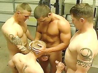 actually hawt boyz group sex in gym