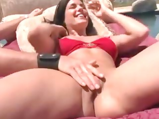 nikki loren squirting at the poolside