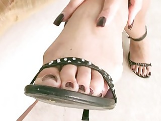 hot legs in super hawt high heels