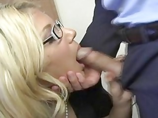 sex gal jamie lamore feeds herself a fortunate