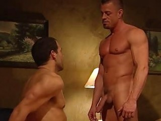 muscled hunk acquires a oral-sex