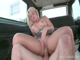 golden-haired hoe acquires cumshoted in the face