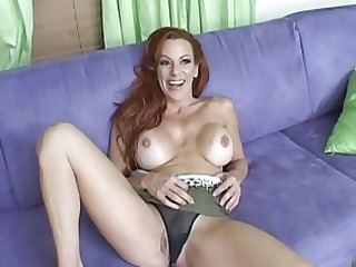 shannon kelly shows off her top oral sex skill
