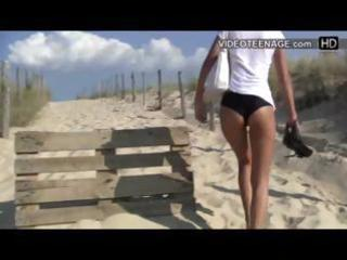 candid legal age teenager bikini wazoo at beach