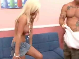 lichelle marie acquires picked up