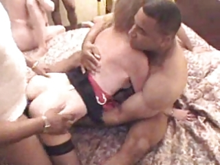 interracial homemade team fuck