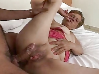 40yr old brazilian granny sucks bonks and fucked
