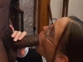 cheyenne hunter mouths dark pounder in advance of