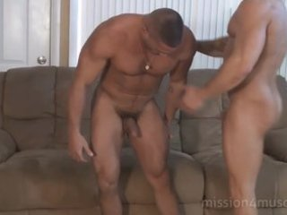 muscle worship (mike buffalari and sam rizzo)