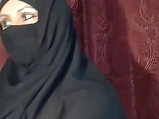 arab muslim cutie flashing on web camera